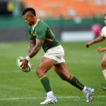 Springbok flyhalf Elton Jantjies kicks